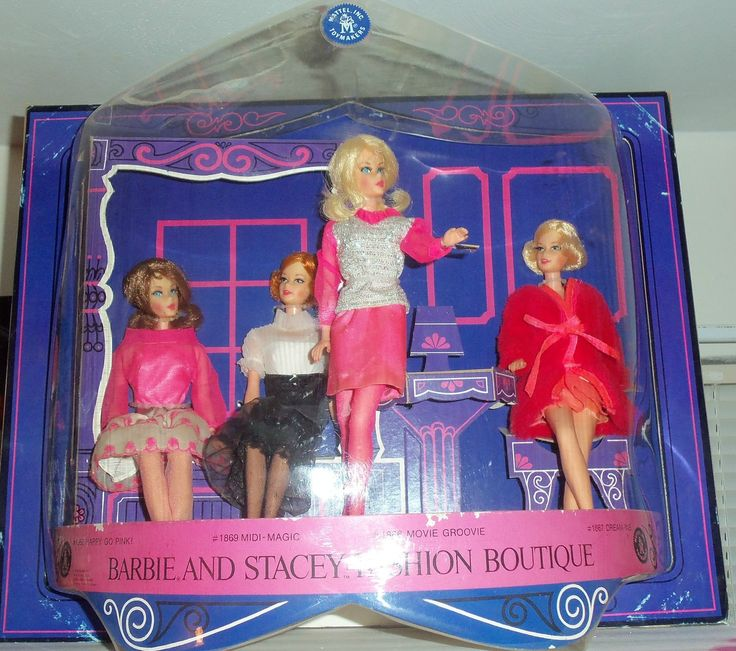 1969 Barbie and Stacey Fashion Boutique STORE DISPLAY.