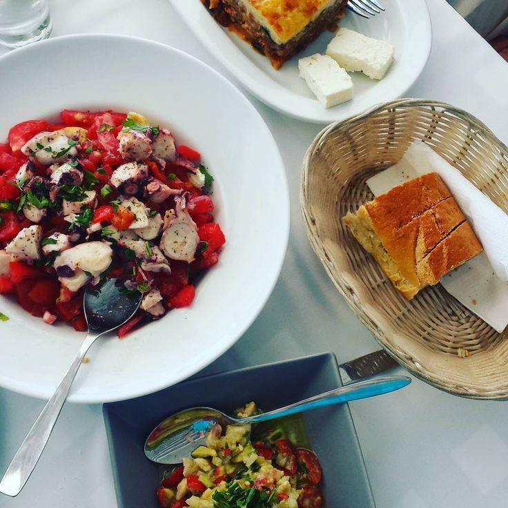 Lunch. 🍜🍛🍲🍞 #tartar #tartare #fish #seafood #octopus #salad #mousaka #bread #instafood #instalike #yummy #yum #nom #nomnom #nomnomnom #lunch #summer #holiday #holidays #vacation #Afytos #Halkidiki #Greece #instacolor