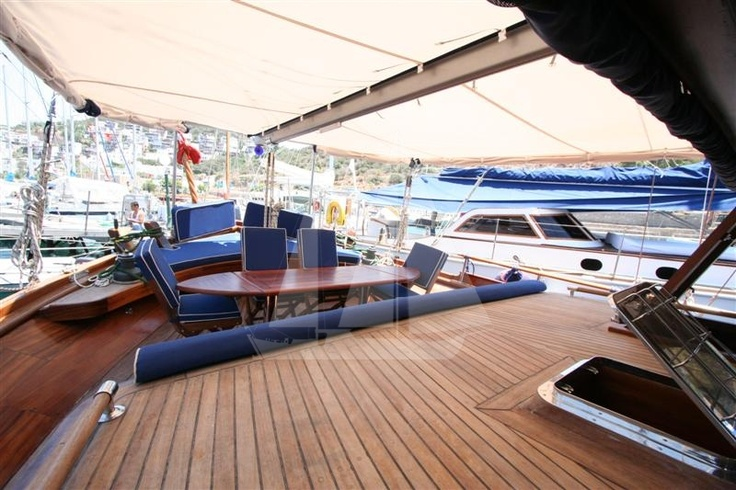 Spacious aft deck, M/S Trippin luxury gulet, blue cruise, blue voyage