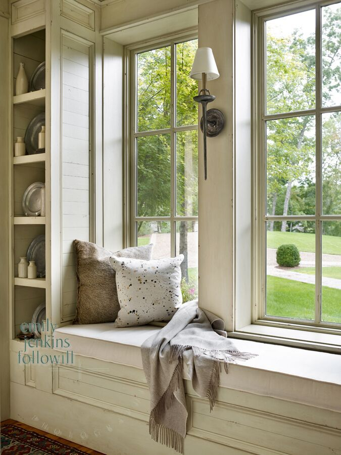 Window seat with sconce by Carter Kay | Home Spaces ...