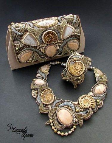 """Сумочка, колье и браслет """"Ариадна"""" от мастера Чикиневой Ирины."""