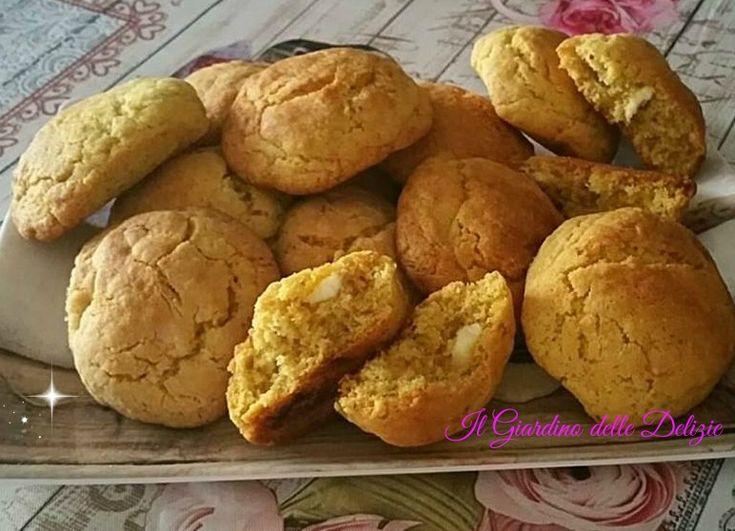 Biscotti+mandorle+noci+e+cioccolato+bianco