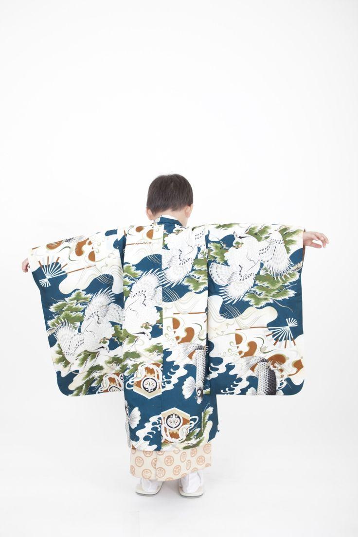 青地白袴5歳男児 七五三 | きもの六花(ricca)は、大阪・北区・中崎町の和裁・着付け・着物販売・着物レンタル・和裁教室・着付け教室・和装婚礼・着物お仕立てのお店です。