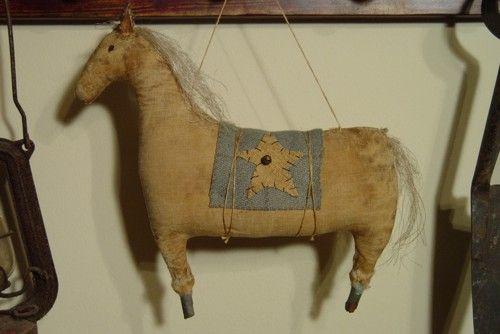 PatternMart.com ::. PatternMart: PM52 Primitive Early Style Horse Ornie