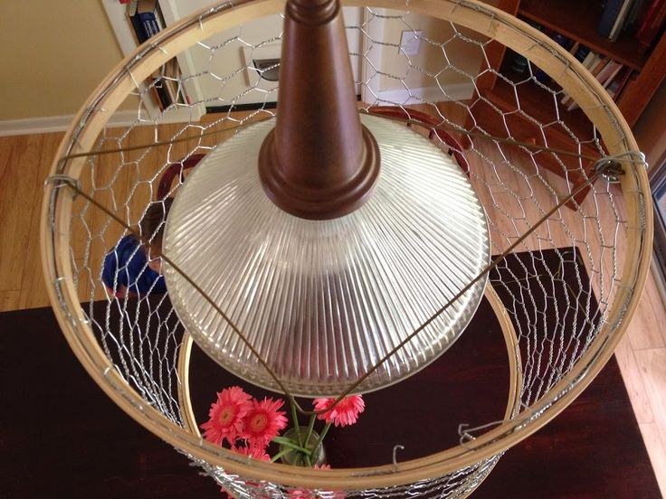 DIY Farmhouse Lamp Shade, made of chicken wire and embroidery hoops.