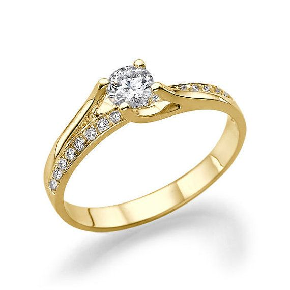 beutiful gold ring
