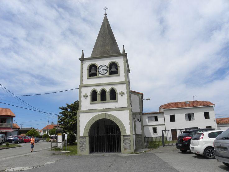 Iglesia del pueblo de Oviñana Cudillero- Asturias