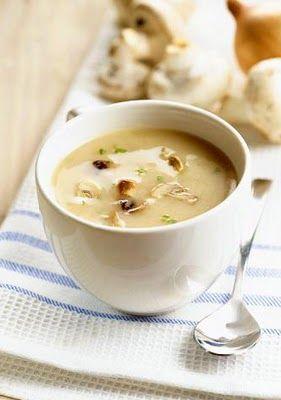 грибной суп с чечевицей..... 1,5л воды - 12 шампиньонов - 1 репчатый лук - 3 средние картошки - горсть чечевицы - петрушка - соль