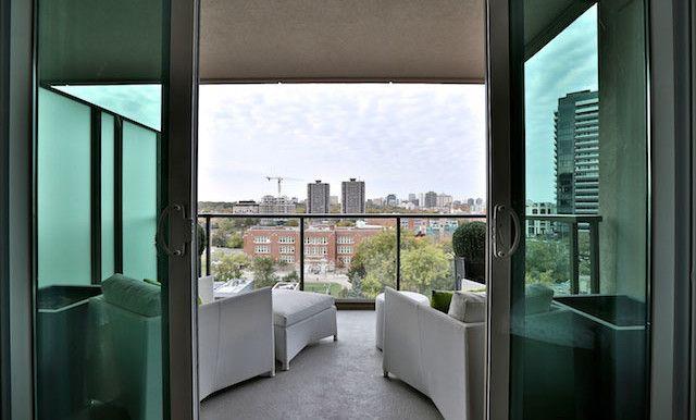 80 Yorkville, Toronto - balcony