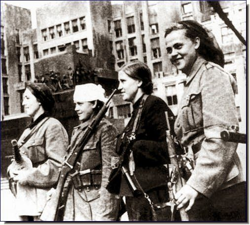 July 1944 - Women partisan fighters in Minsk, just after liberation from the Nazis.