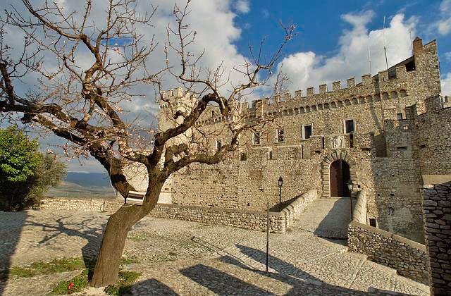 Hotel Castello Orsini #roma #italy