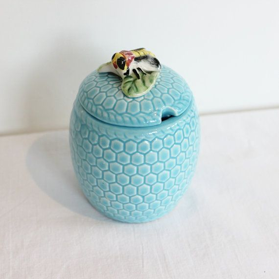 Soft Blue Honey Pot with Bee As Lid Handle by BlueyLovesCocoa