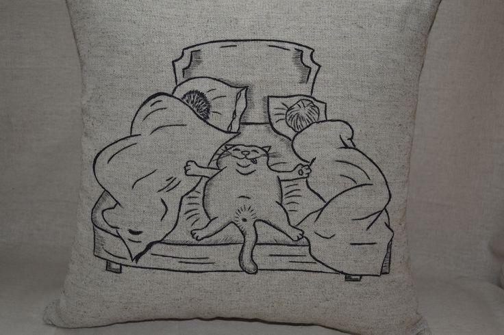 размер - 37*37см лен, хлопок,холлофавайбер, акриловые краски по ткани. Бережная стирка. ручная роспись больше на https://www.facebook.com/nyashechki/