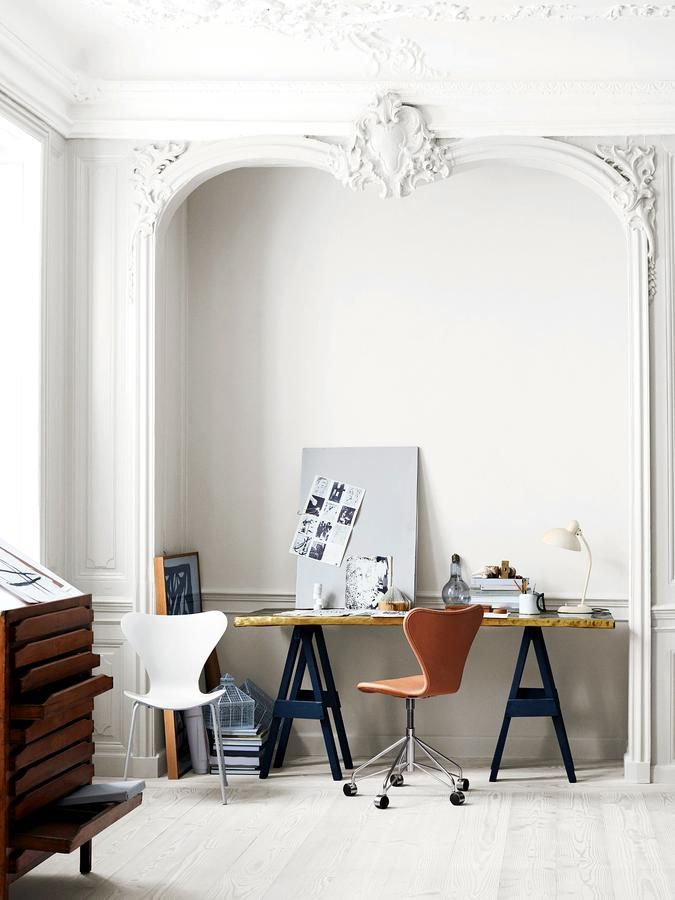 Fritz Hansen Series 7 Swivel Chair 3117 by Arne Jacobsen