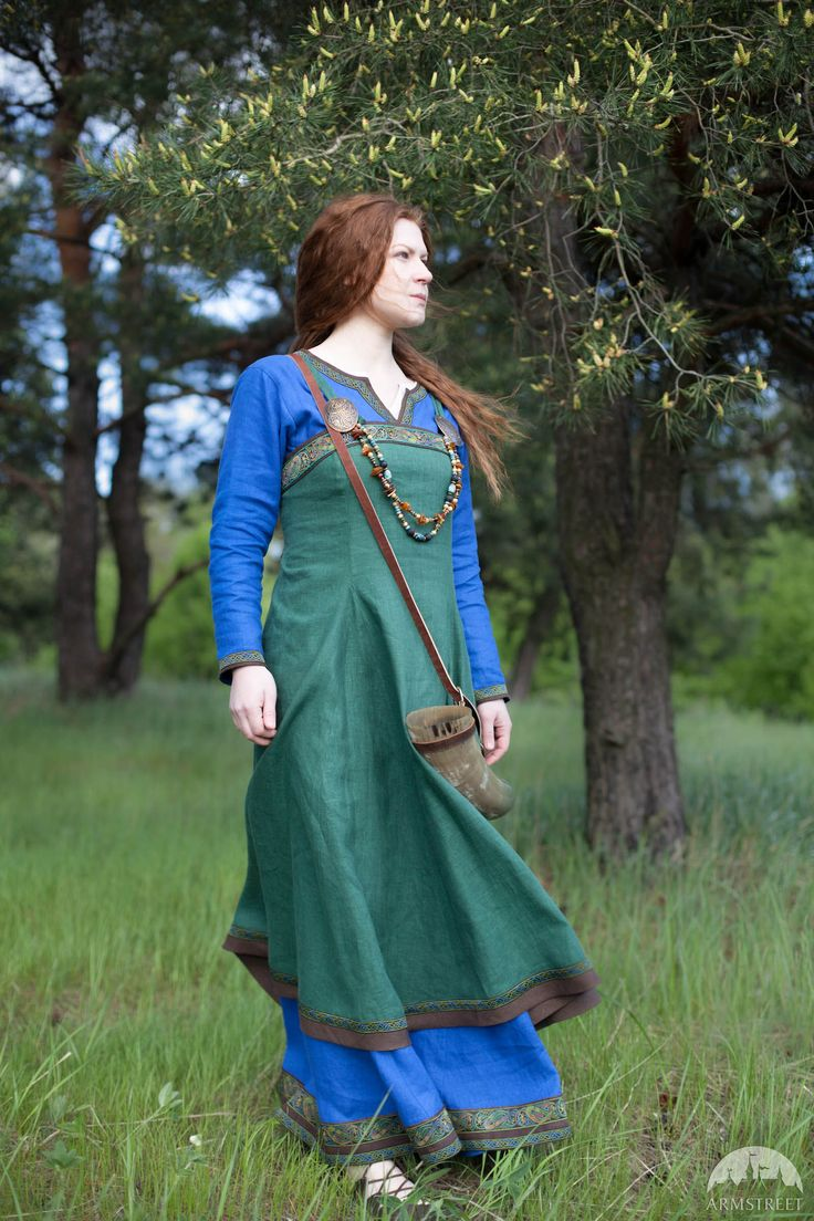 Viking dress and apron outfit. Both dress and apron are of natural linen. This garment is made-to-measure and available for shipping worldwide
