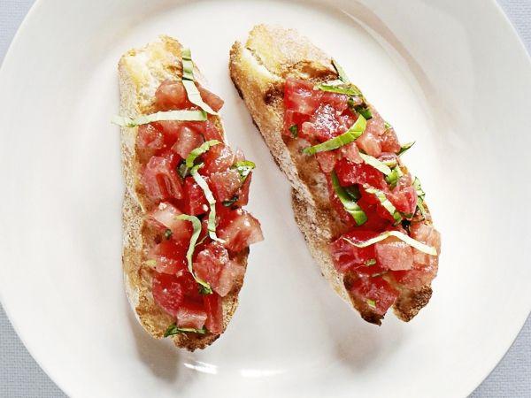 Crostini met tomaat - Libelle Lekker!