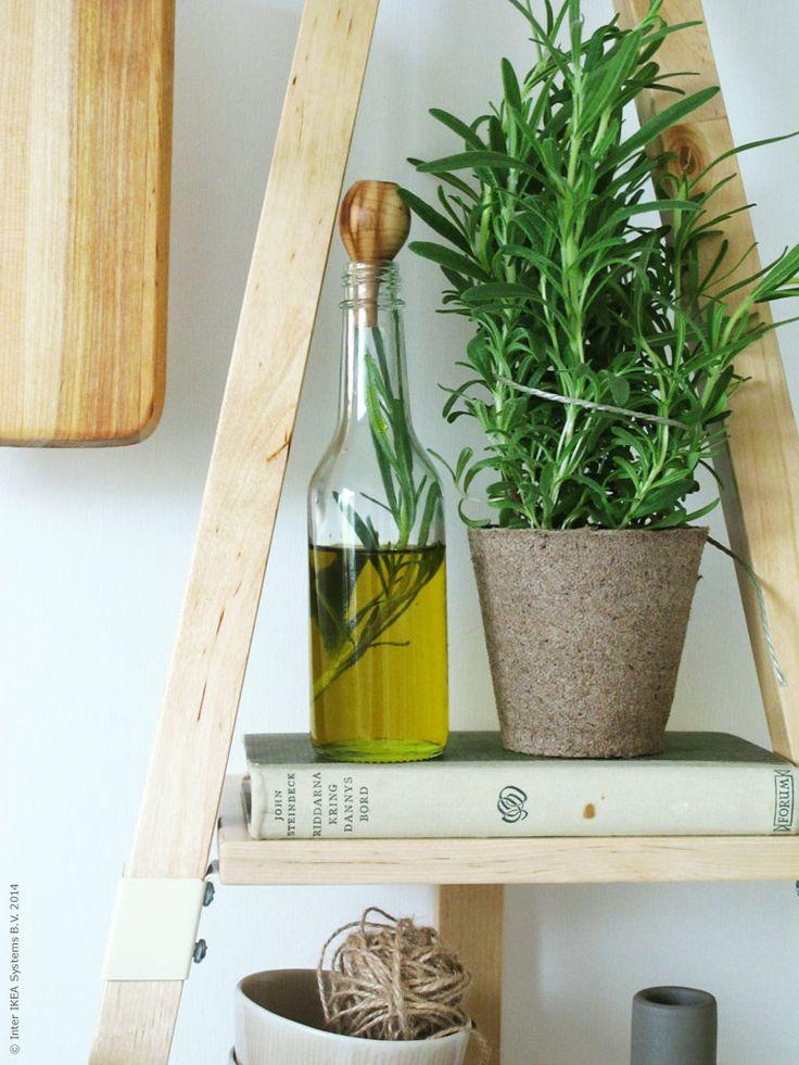 En Personlig Favorit I Den Nya IKEA PS 2014 Kollektionen är Den Lutande  Vägghyllan, Design