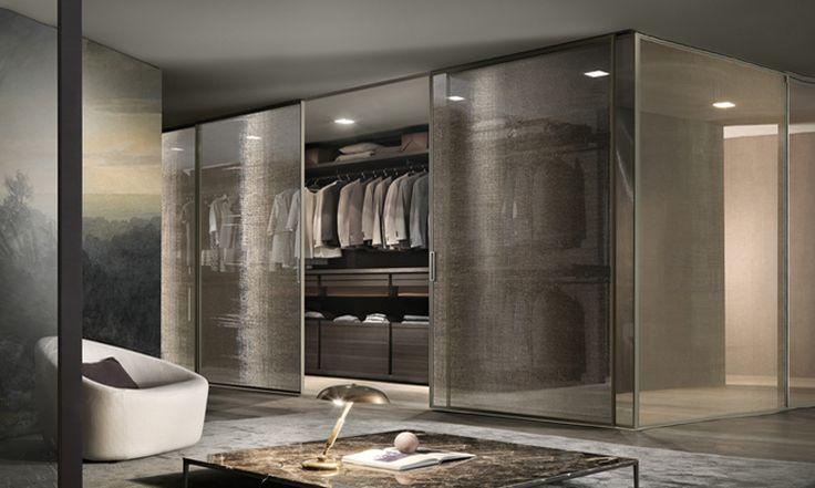 Velaria Rimadesio www.spaziomateriae.com Velaria Rimadesio walk in closet  struttura alluminio palladio e vetro maglia gold