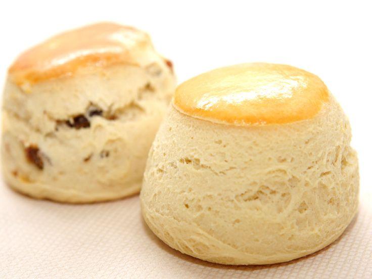 【楽天市場】【レビューで送料無料】英国NO1パティシエ マーティン・シファーズ 2種スコーン12個&英国ロダス社クロテッドクリーム2個(スコーン2種:プレーン×6・アールグレイ×6):ナチュラル食材マート マンゴーズ