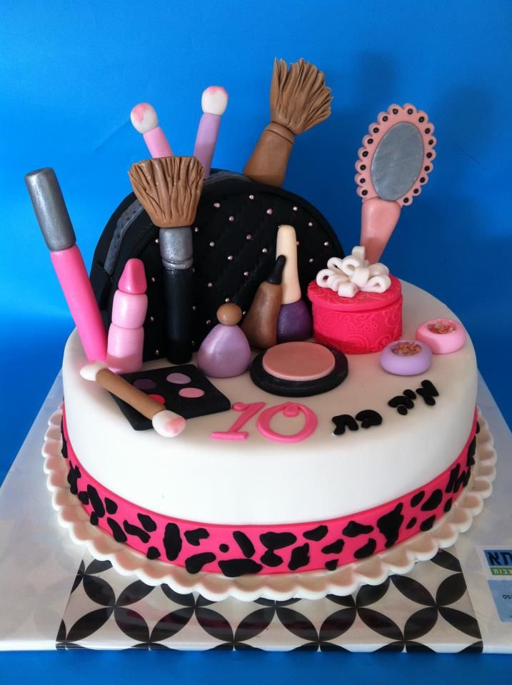 Makeup Kit Cake Design : 1000+ ideas about Makeup Cupcakes on Pinterest Makeup ...