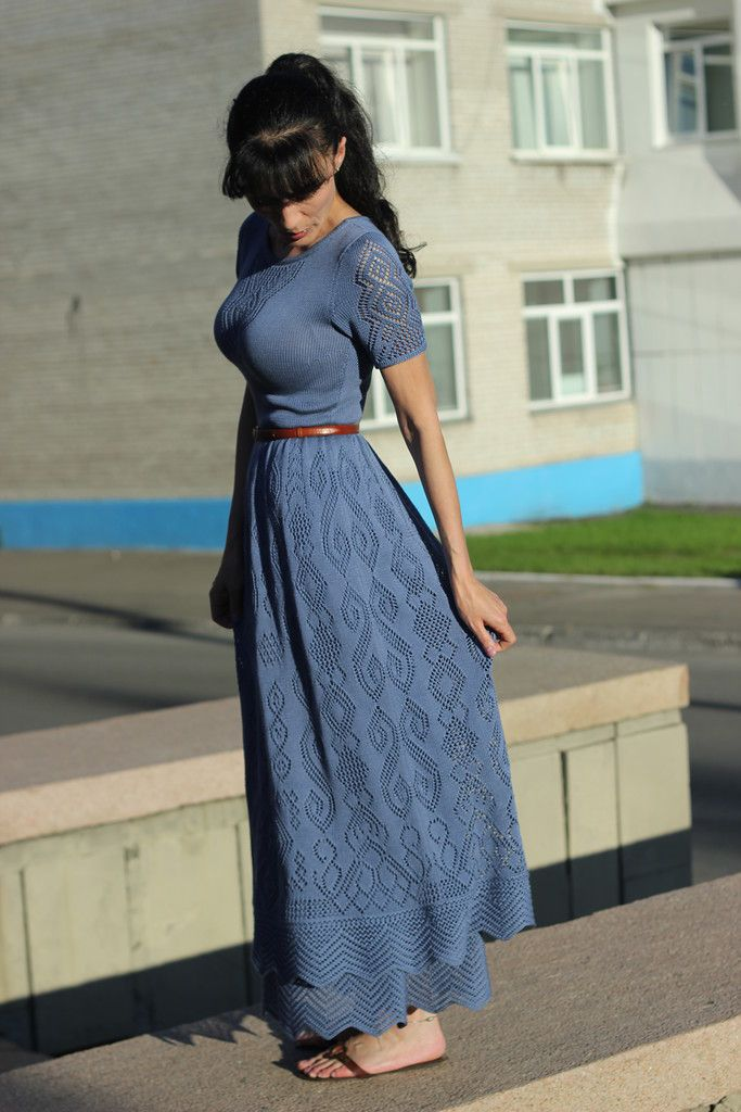 I would love to find a pattern for this dress or something of the like