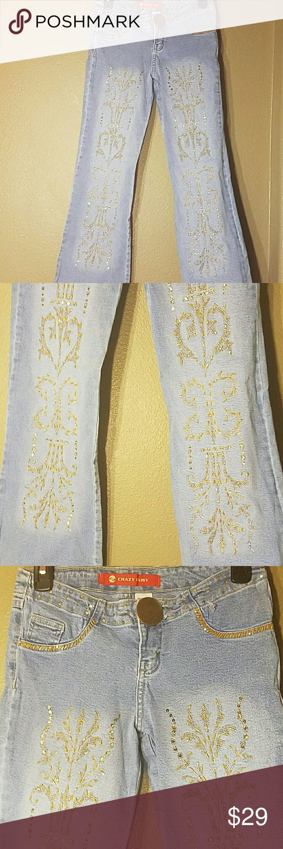 Crazy Daisy jeans with design all over legs size 4 Size on tag is 40 when converted to U.S. it's 4 crazy daisy Jeans Flare & Wide Leg