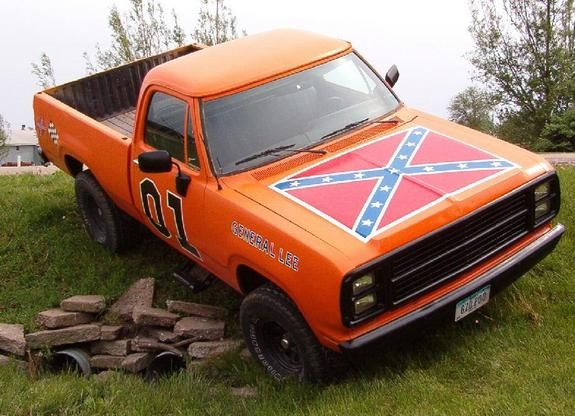 General Lee Paint Job for my mud truck    -wish i had my brothers truck, i would def paint it like this!!! Call it the General Lea. lol this wouldnt look good on my truck:/