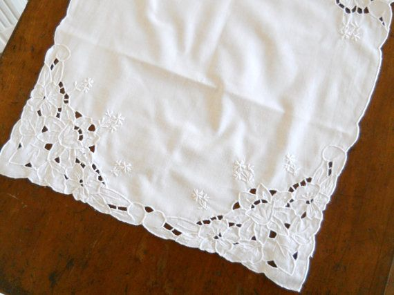 vintage table runner    Richelieu embroidery vintage French tablecloth french table runner embroidered table runner