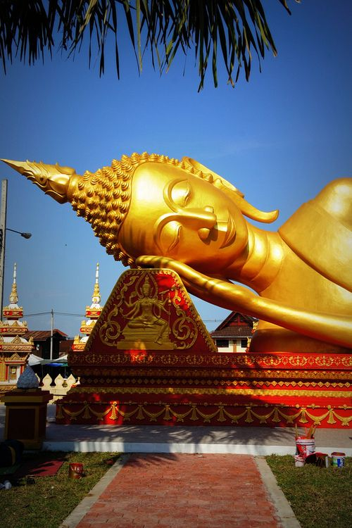 Pha That Luang Vientiane, Laos   by PerkyBeans