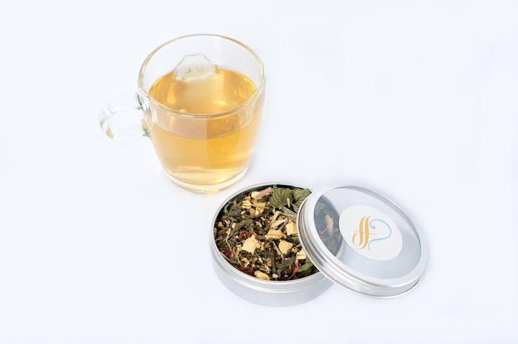 HET PROEFHUIS: A CUP OF SLIMMING TEA Slimming Tea is een geel/groen heldere thee die fris en zoet geurt, met een boventoon van acaibessen. Kortom een zachte frisse thee met een afslankende werking. Ingrediënten: zoethout, lemongras, pepermunt, gember, brandnetel, vlierbloesem, en acaibessen. www.hetproefhuis.nl/apps/webstore #hetproefhuis #versethee #slimmingtea #healthy #lifestyle