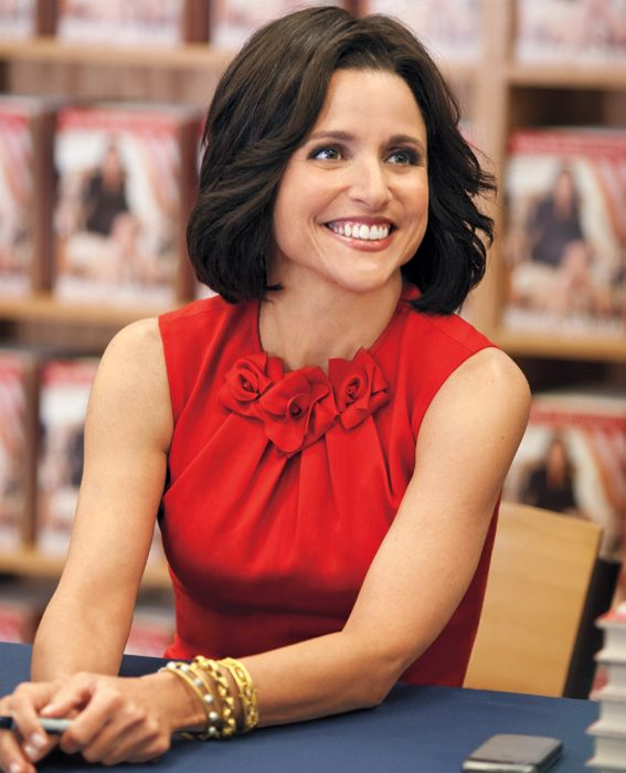 Power Dressing Lessons Learned From Female TV Characters - Selina Meyer, Veep from #InStyle - love the detailing on the neckline