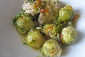 Varza de Bruxelles cu legume si pui - Culinar.ro