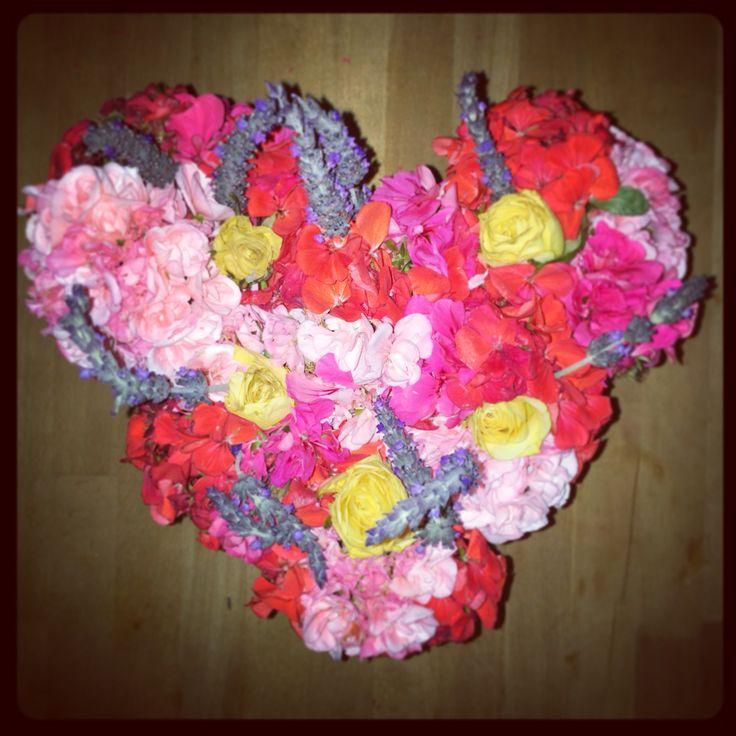 #Fiesta #flowers from the #weekend still looking #beautiful #heart #weddinginspo #flowerjars by @lilyandmoss #love