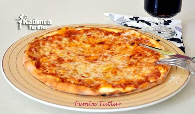 Kahvaltı Pizzası Tarifi nasıl yapılır? Kahvaltı Pizzası Tarifi'nin malzemeleri, resimli anlatımı ve yapılışı için tıklayın. Yazar: Pembe Tatlar