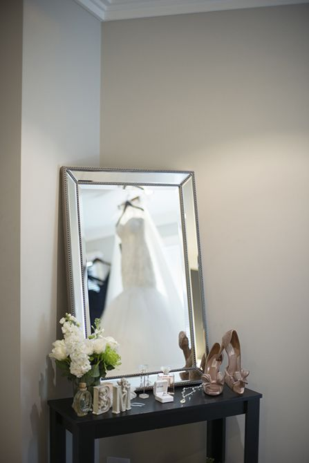 Tip: having some nice accent pieces, like mirrors and flowers can really help your wedding photographer capture the pretty details #weddingphotography #markjayphotography #sydneyweddingphotographer #bride #style #weddingdress #suzannablazevic #shoes #valentino