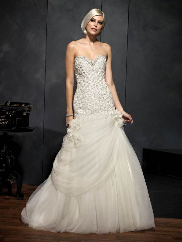 13 best Strapless Wedding Gowns images on Pinterest | Wedding frocks ...