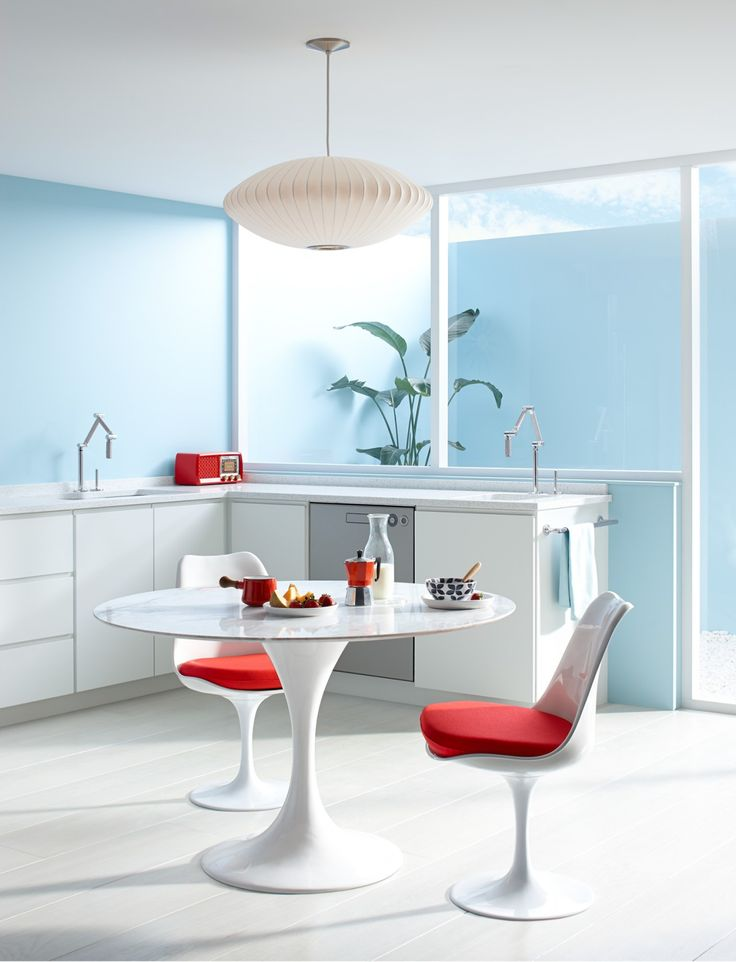 Clean lines iconic furnishings and an optimistic