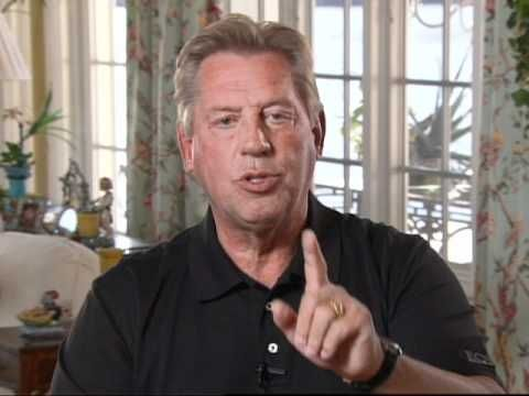 PROCRASTINATION: A Minute With John Maxwell, Free Coaching Video  Probably my greatest weakness.....working on it!