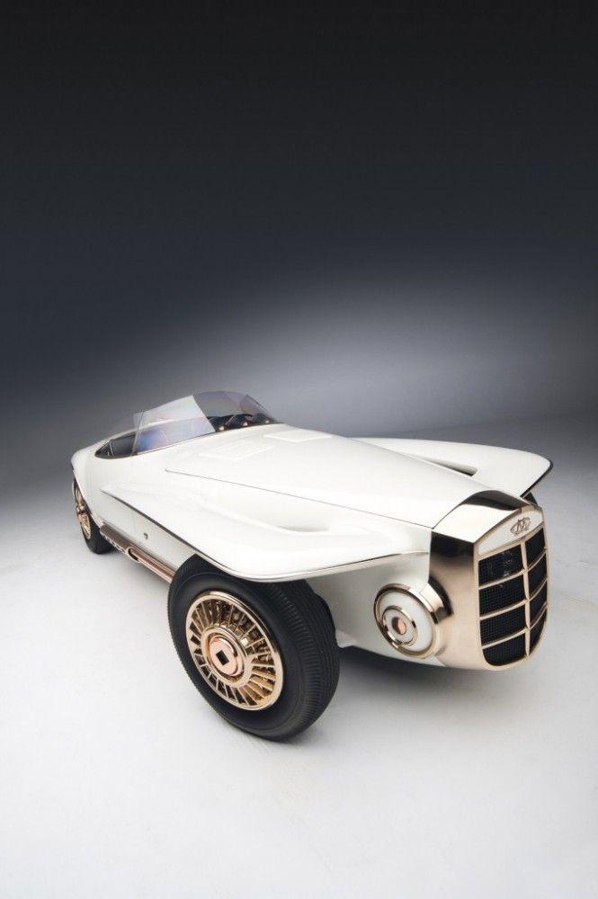 Classic Car: 1965 Mercer-Cobra Roadster