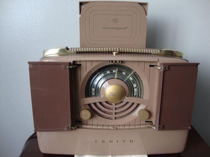 Vintage Bakelite 1949 Zenith Portable Radio w Orig Papers Flawless Cond   eBay