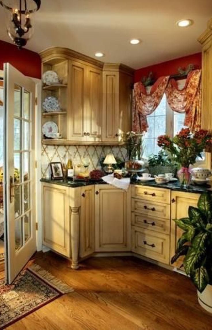 I like the warmth of these cabinets