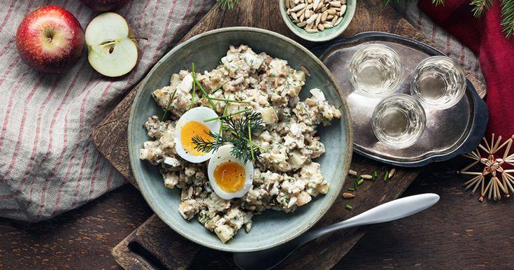 Vegetarisk gubbig röra. I vårt recept samsas ägg och potatis med majonnäs och smakrik västerbottensost.