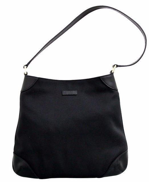 0b5dffbd488 Gucci Capri Hobo Canvas Shoulder Bag Black
