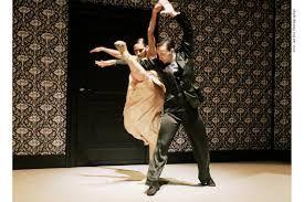 Imagini pentru nederlands dance theater Shoot the Moon