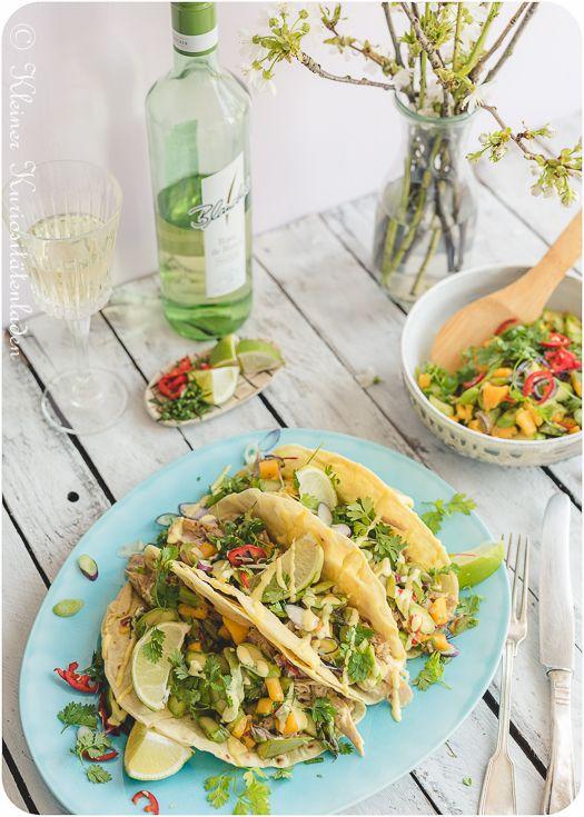 Kleiner Kuriositätenladen: Hähnchen-Tacos mit Spargel-Mango-Salsa