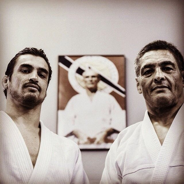 wedojiujitsu:  Kron Gracie with his father Rickson Gracie.  Direct son and grandson of Helio Gracie. Professor Anibal Lobo who teaches at RCW has taken private lessons with both of them. Lineage matters.