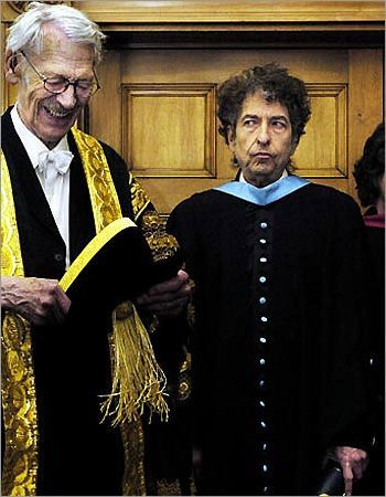 """THIS DAY IN ROCK HISTORY:April 7, 2008: Bob Dylan is awarded an honorary Pulitzer for """"profound impact on popular music and American culture, marked by lyrical compositions of extraordinary poetic power."""""""