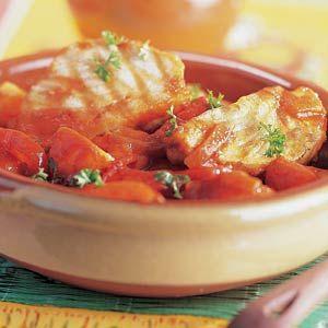Recept - Stoofgerecht met tonijn, aardappel en tomaat - Allerhande