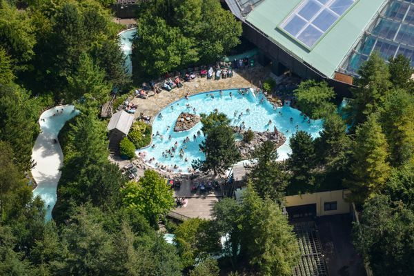 Aerial photo over Centre Parcs in Longleat #aerialphotography #CentreParcs #Longleat #Wiltshire #parks #swimming #swimmingpool #relax #holiday #woodland