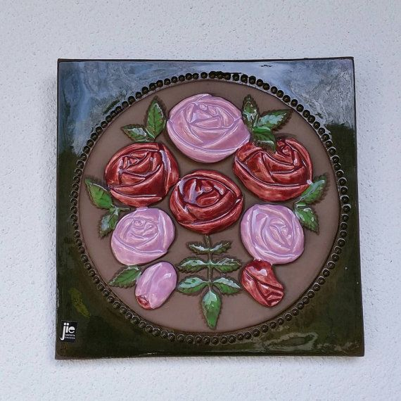 Ceramic plaque beautiful stylized roses by Aimo Nietosvuori Jie, Made in Sweden